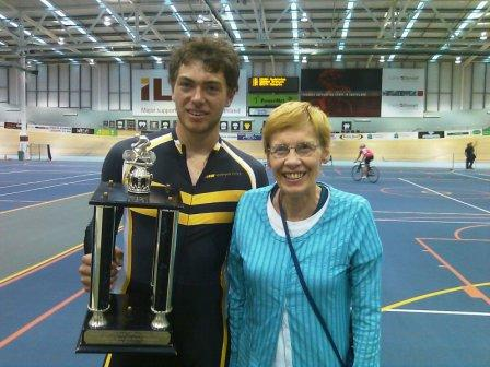 Lee Evans wins the McLean Cup at the 2011 Southland Track Champs