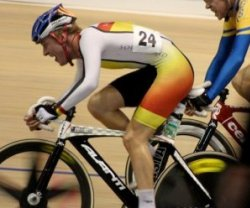 Pieter Bulling on the charge at the ILT Velodrome
