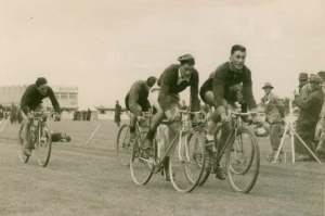 Laurie Tall 1948 Caledonian Games in Invercargill