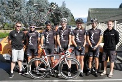 Stu MacDonald and the NZ Development Team at Tour of Wellington