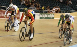 Jason Allen charges to the line to win the Mens Scratch Race