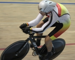 Simon Lusk on his way to gold at the Age Group Champs