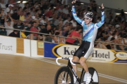 aaron Gate wins the Mens Scratch Race at the 2012 Elite Nationals