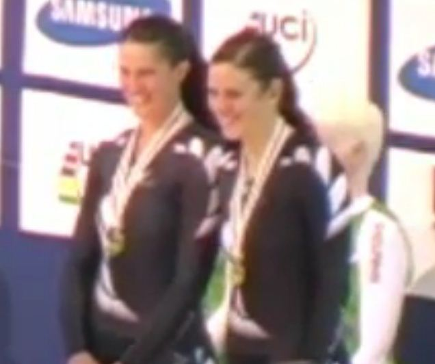 Laura Gray and Phillipa Gray on the podium at Track Worlds