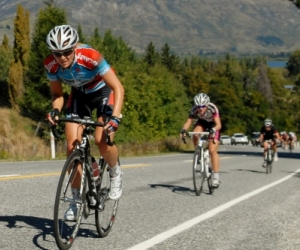 Gracie Elvin on her way to winning the Oceania Road Race