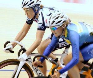 Sophie Williamson rides Stadium Southland Velodrome