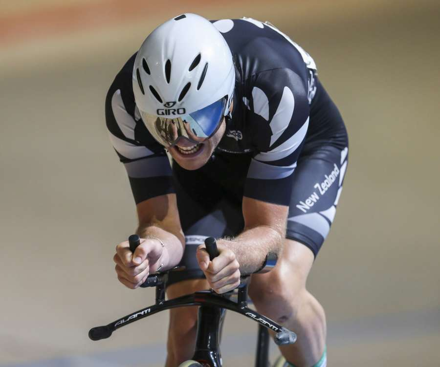 Piet Bulling on his way to Omnium silver