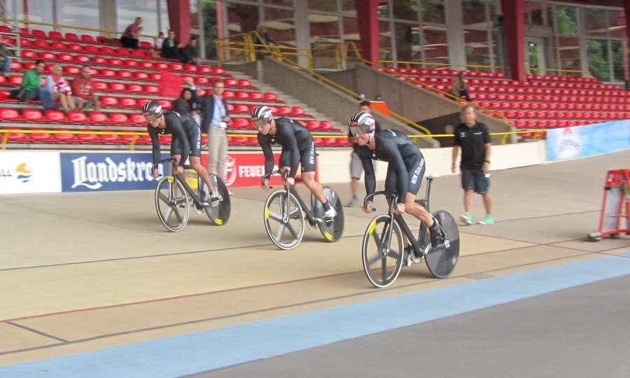 Europe - start team sprint