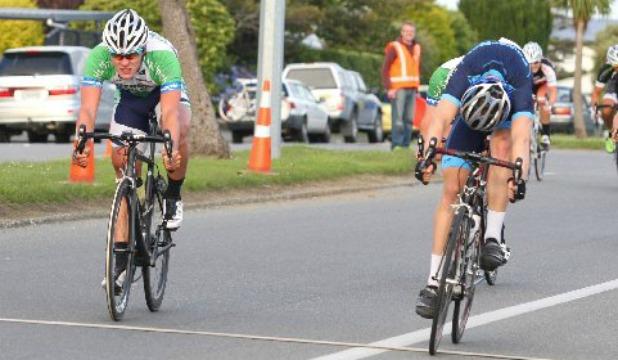 Brad Evans wins Gore to Invercargill 2014