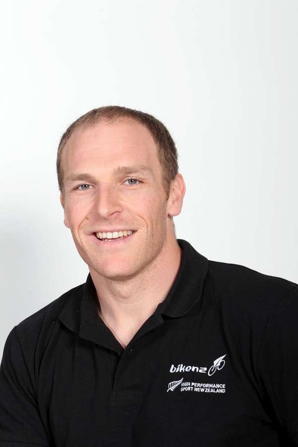 Matt Archibald beats NZ sprinters